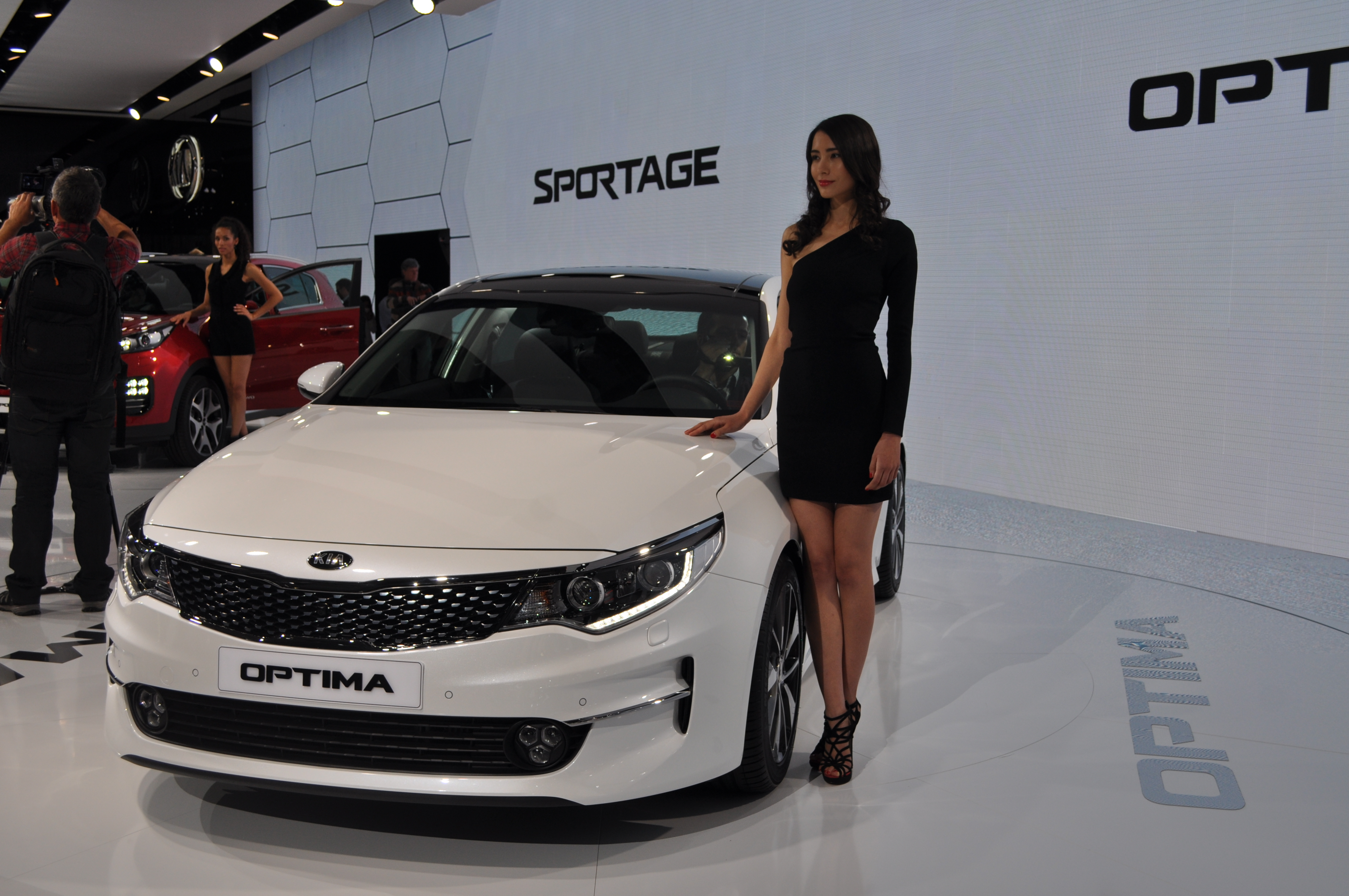 Kia Revealed the Optima Ahead Frankfurt (Update In Gallery)