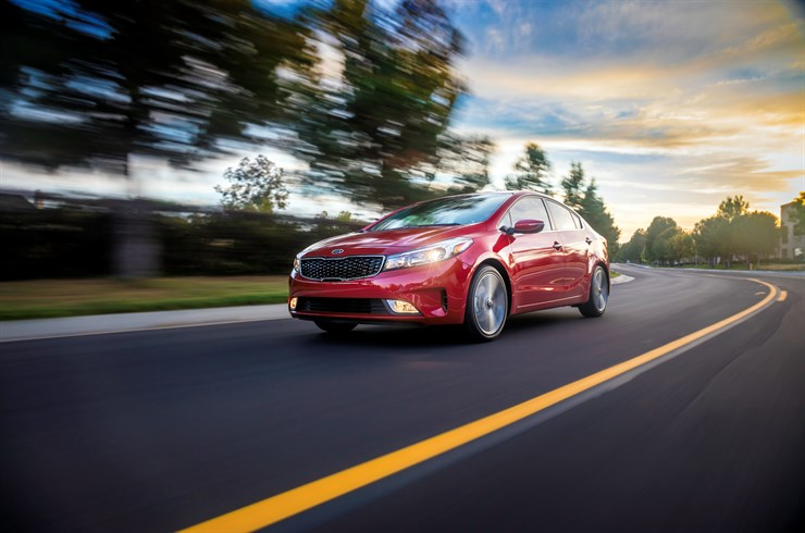 2017 KIA Forte Receives a Design, Powertrain and Tech Update