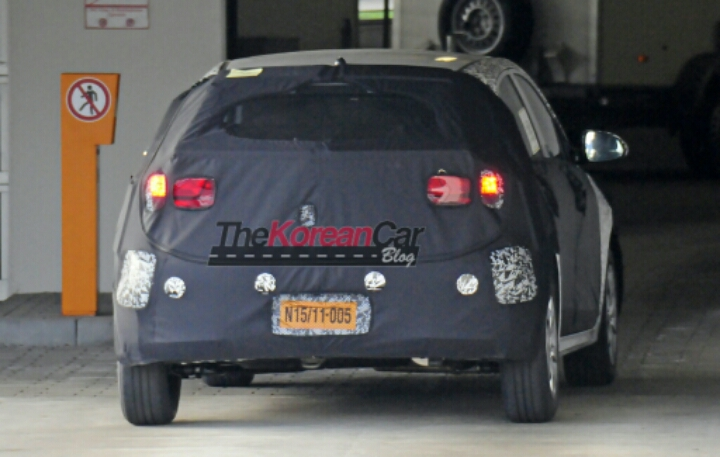 Next gen Kia Rio Spotted for the First Time
