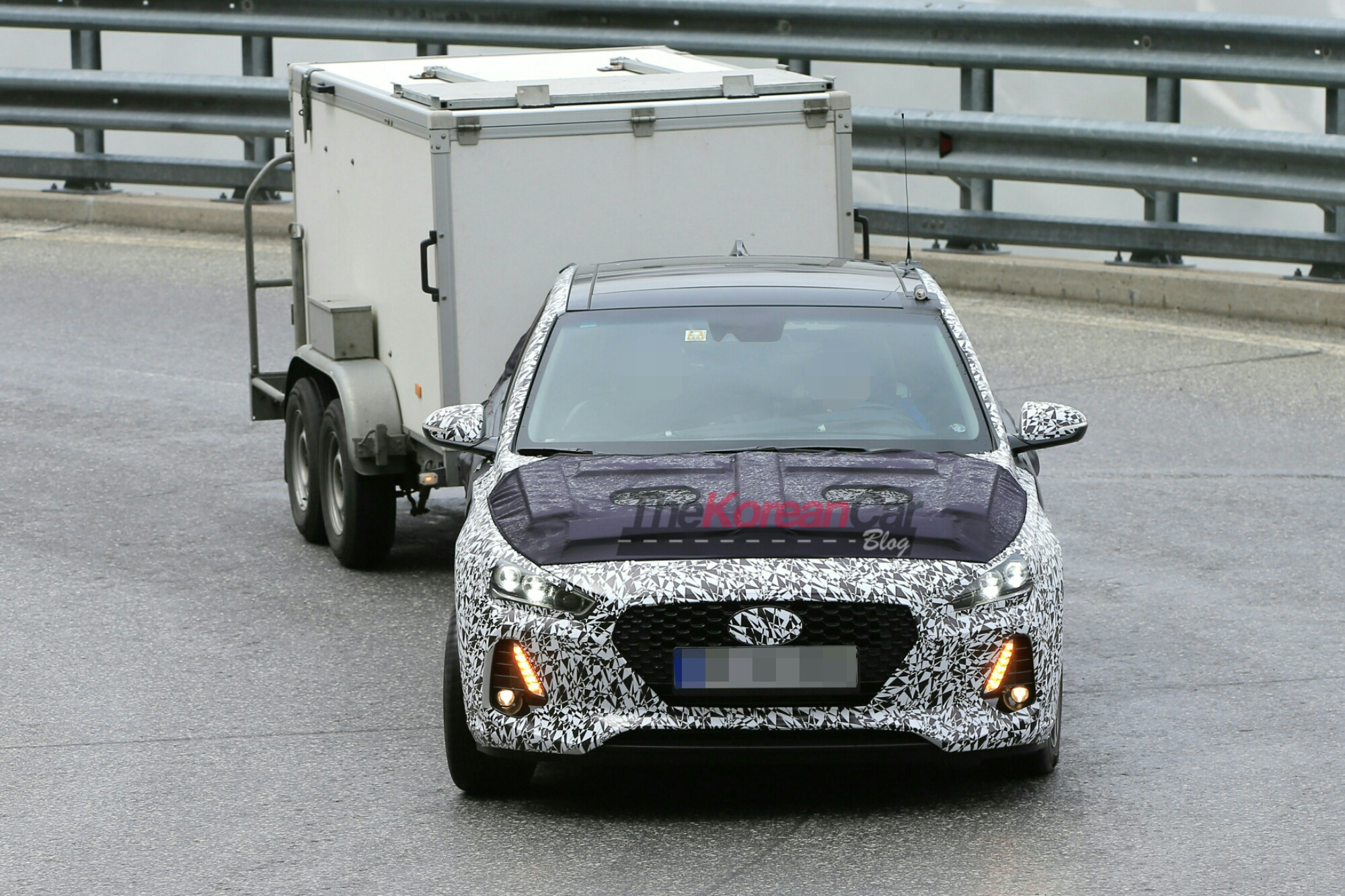 Next Generation Hyundai i30 caught with camouflage