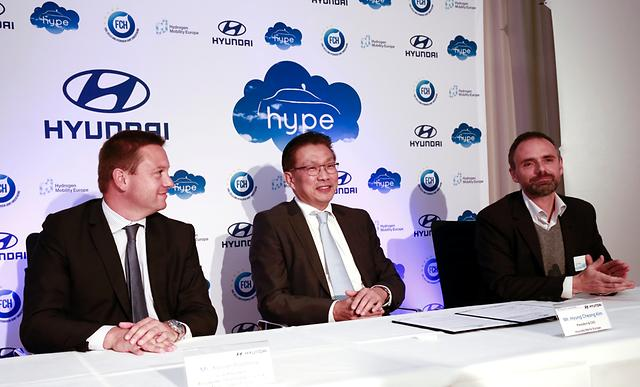 Hyundai Motor takes next STEP with world's largest fuel cell taxi fleet