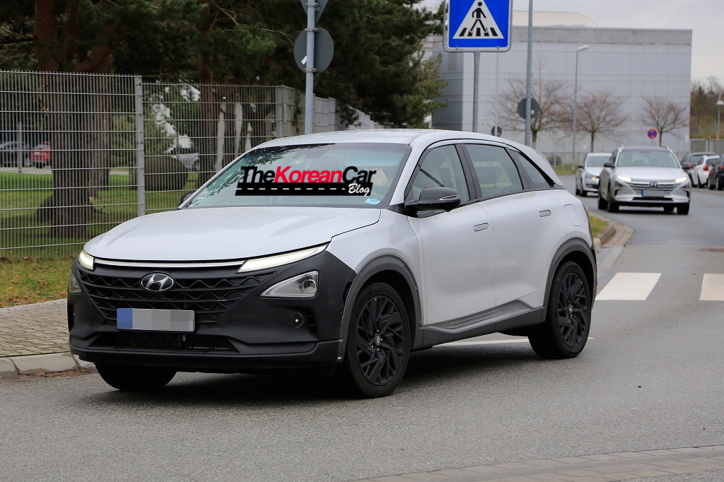 Hyundai's Next-gen FCEV SUV Spied in Europe.