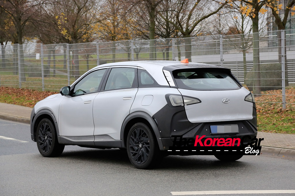 Hyundai FCEV SUV to Start Production in March 2018