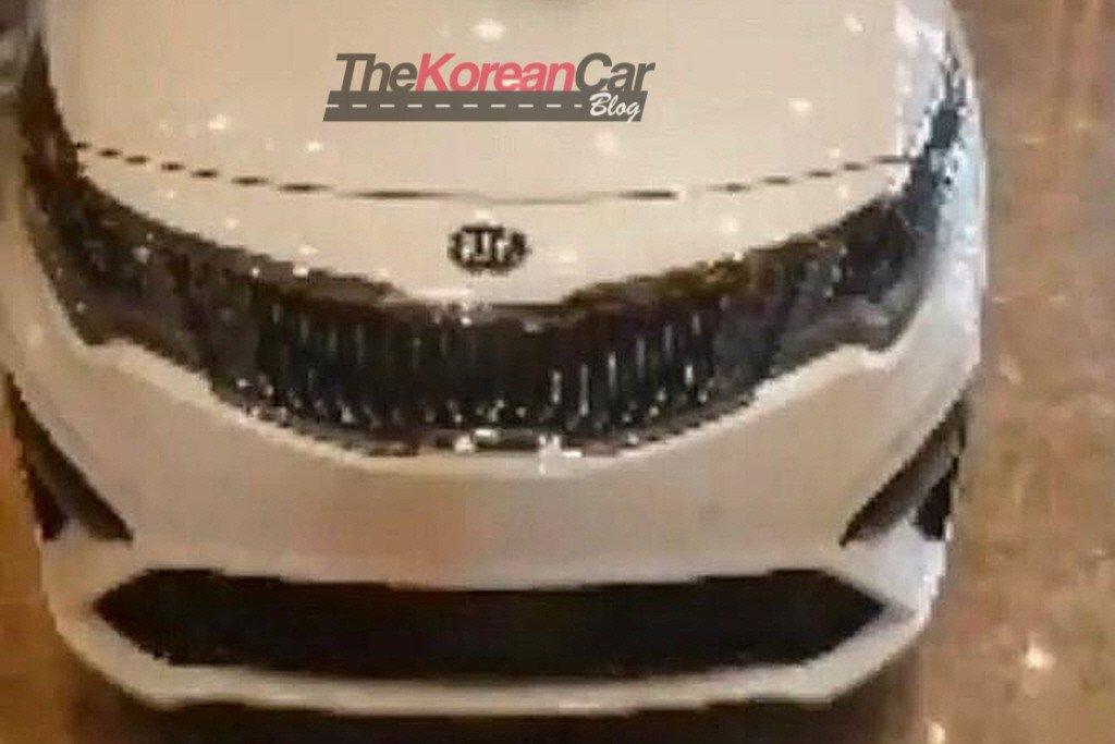 Kia Optima Facelift Spied Undisguised