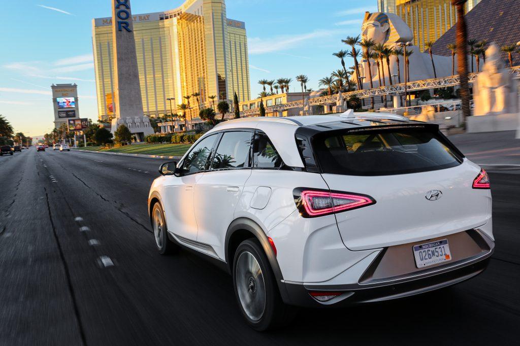 Hyundai NEXO Fuel Cell SUV2
