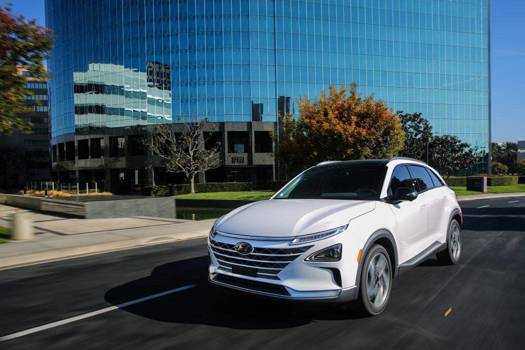 Hyundai NEXO Fuel Cell SUV4