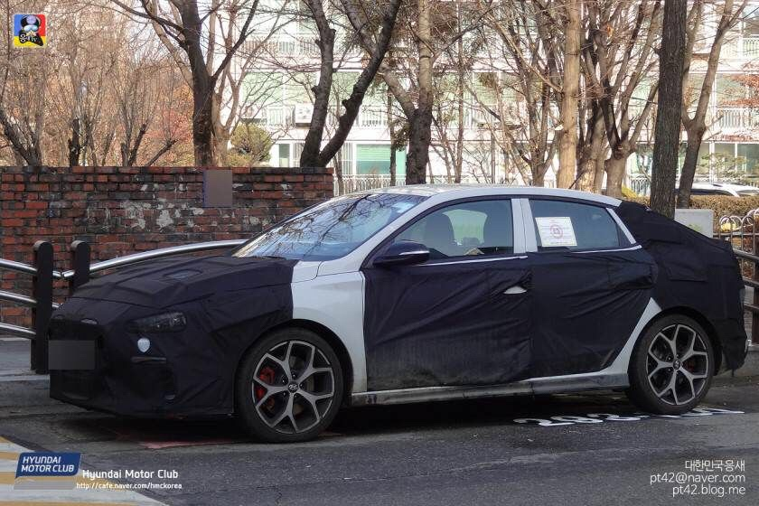 Hyundai i30 N Fastback Caught Again, To Have 300 hp