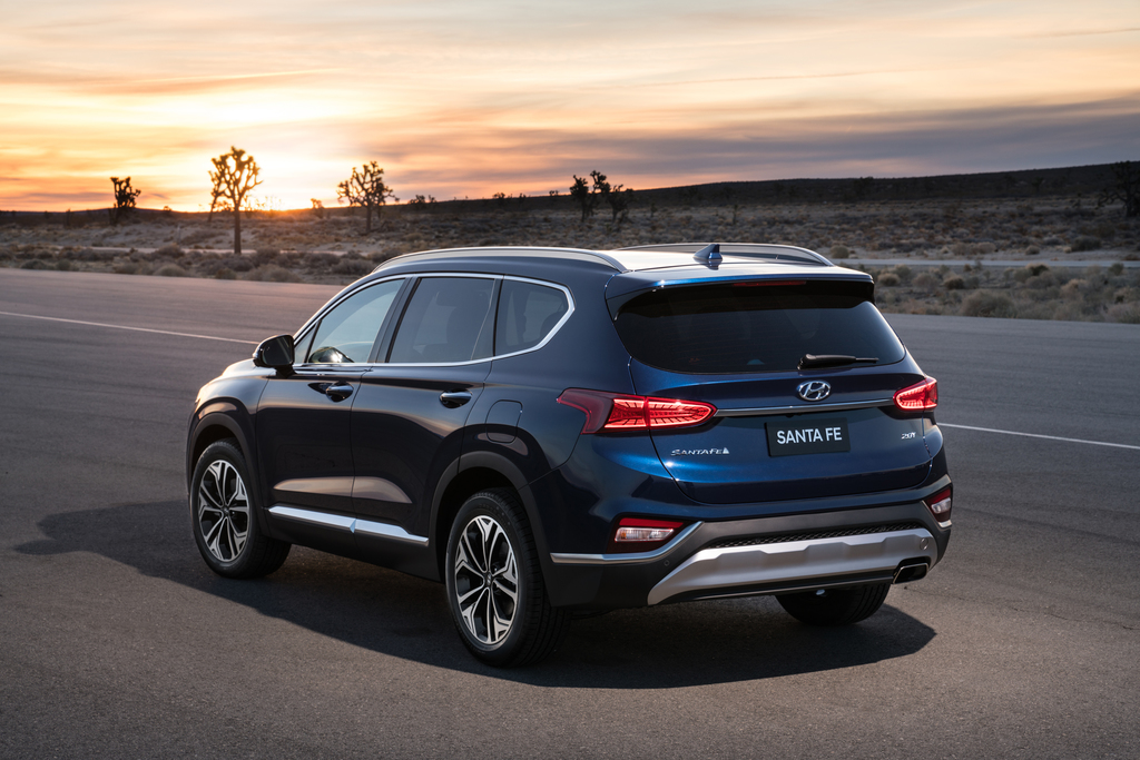 US-spec Hyundai 2019 Santa Fe Arrived at NY Autoshow