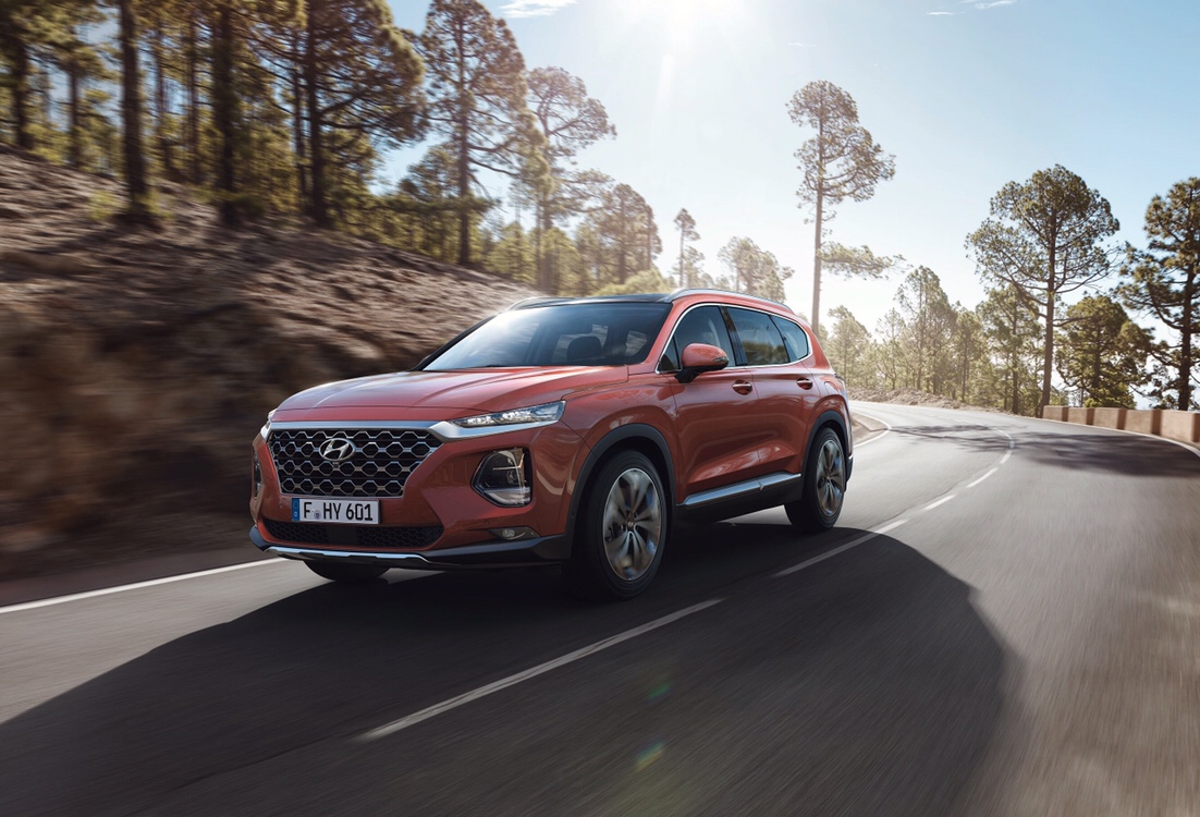 Hyundai Santa Fe Hybrid  & Plug-In Hybrid in the Works
