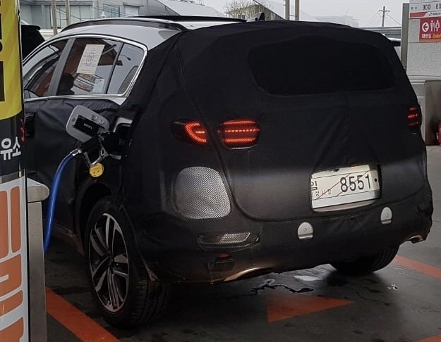 Kia Sportage Facelift Spied-up Close in South Korea