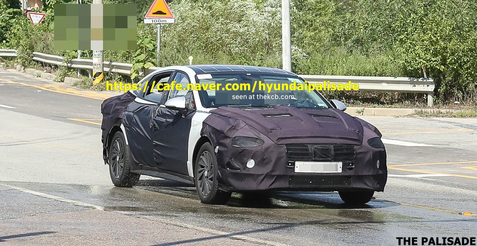 Next-gen Hyundai Sonata Spied w/ Solar Panels