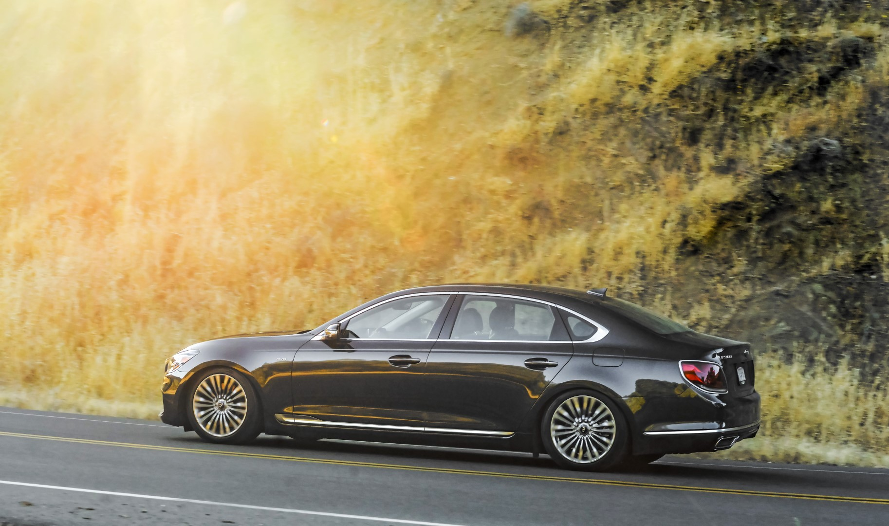 Kia K900 To Go On Sale During Fourth Quarter