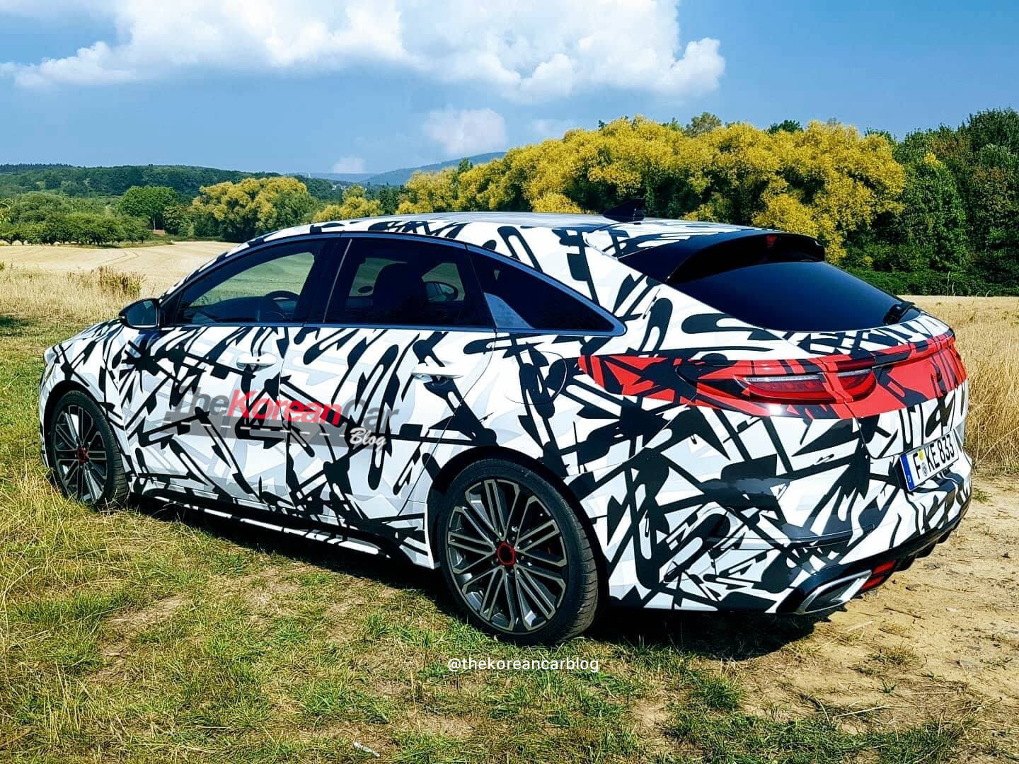 kia proceed shooting brake GT spied up close (4)
