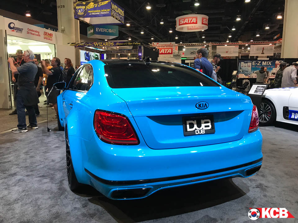 Kia Showcased K900 DUB Edition at SEMA