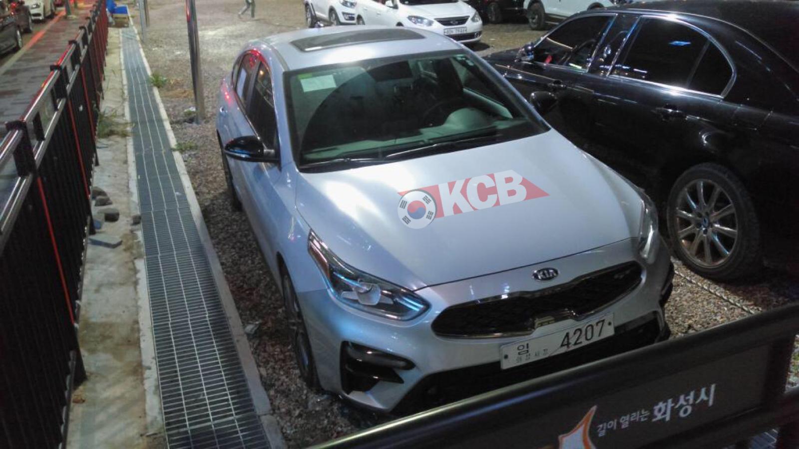 Kia Forte Hatchback GT