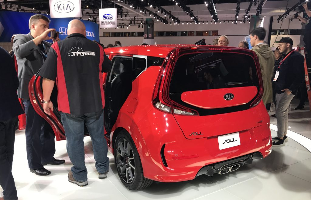 2020 kia soul live photos (14)