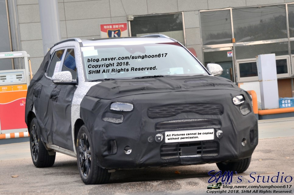 Kia SP Spied Again, to be Carens Substitute