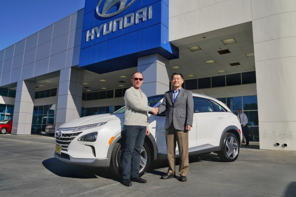 Hyundai Delivers First NEXO Fuel Cell SUV in California