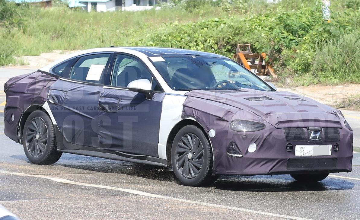 2020 Hyundai Sonata Hybrid Spied Wearing Solar Panels