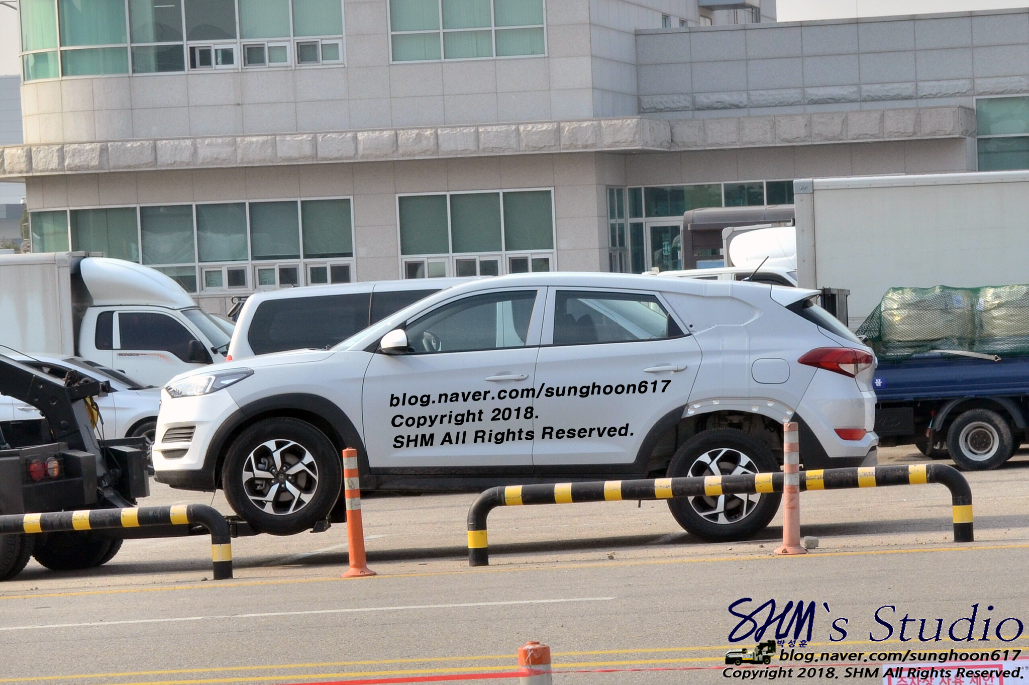 Mysterious Hyundai Tucson Test Mule Spied, Could Be Santa Cruz Pick-up