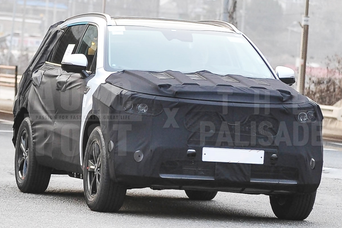 Next-gen Kia Sorento Spied in South Korea