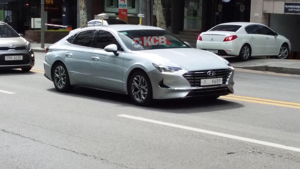 Mysterious Hyundai Sonata Spied