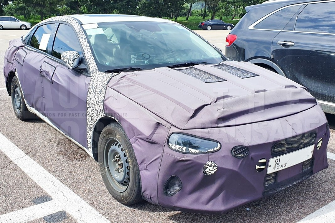 Next-gen Hyundai Elantra Spied in South Korea