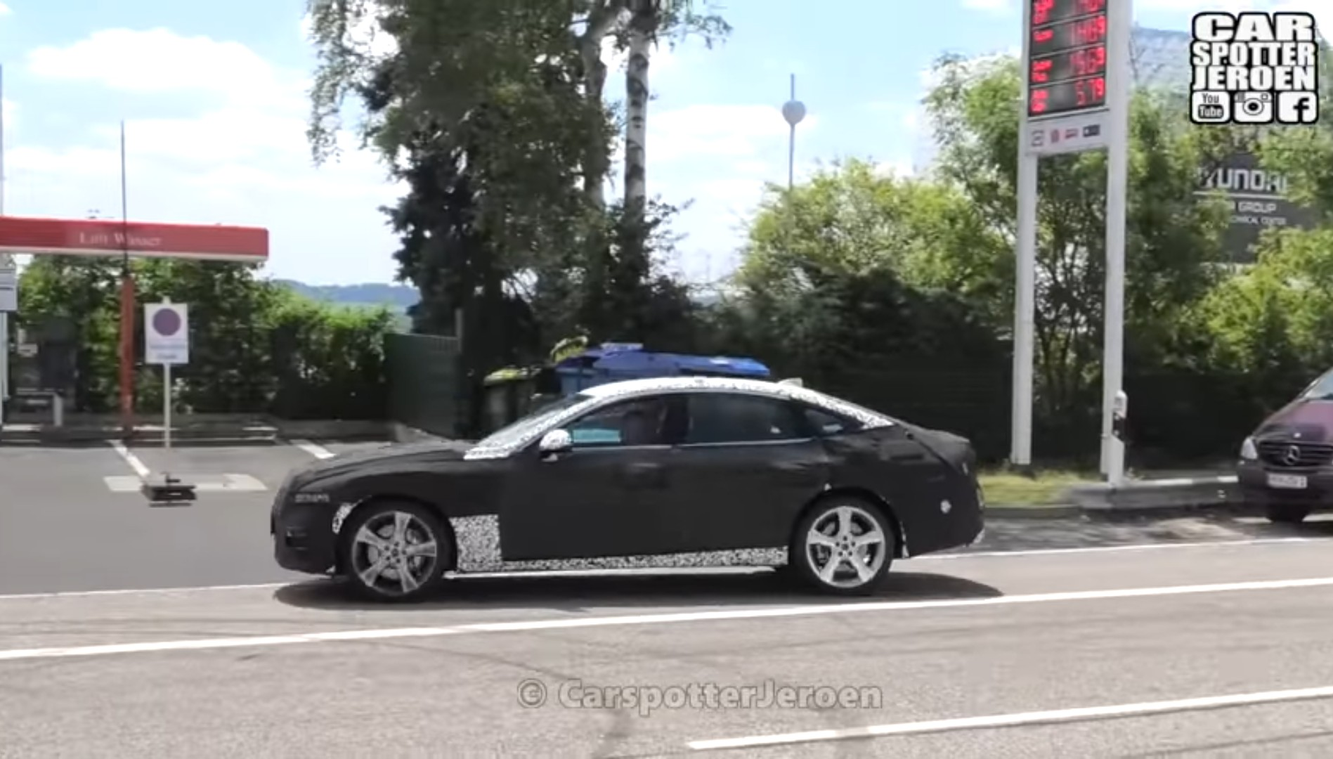 Genesis G80 Spied on Video