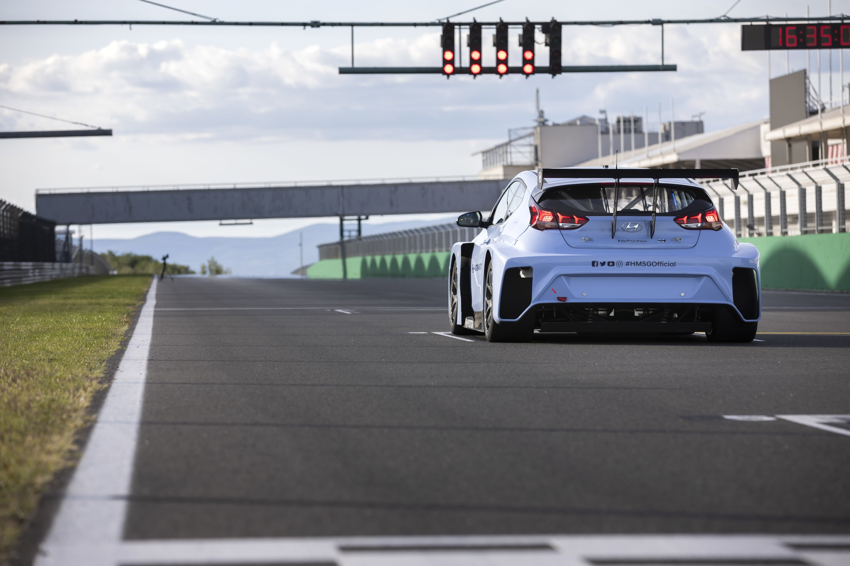Hyundai's Hydrogen HTWO to Enter Motorsports