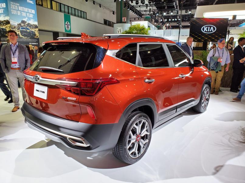 Kia at Los Angeles AutoShow – Live Gallery