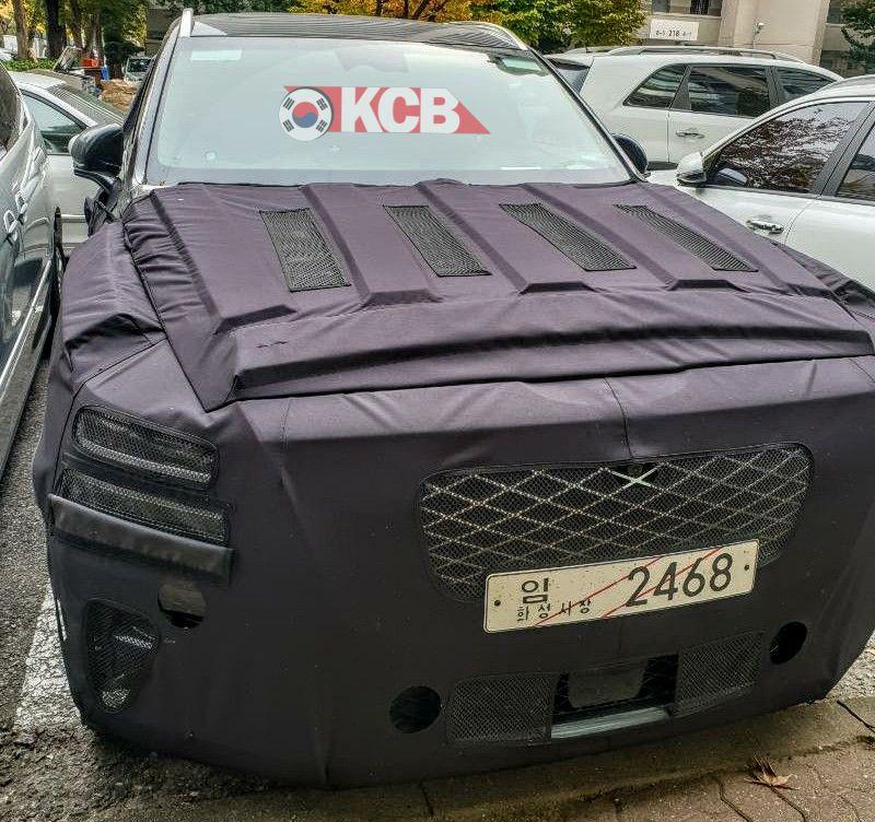 Genesis GV80 SUV Latest Spy Shots