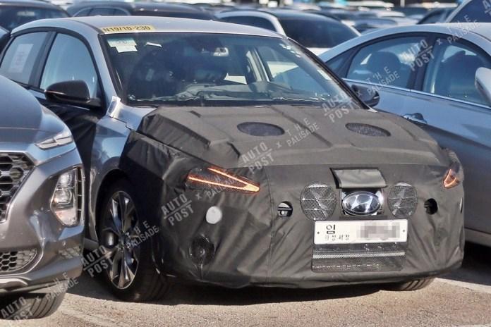 Hyundai i30 Fastback Facelift Spied in South Korea
