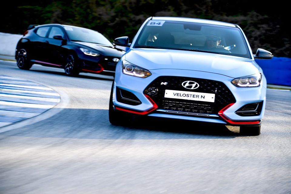 Watch 2020 Hyundai Veloster N DCT at the Circuit