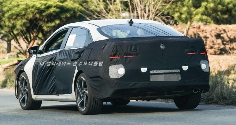 New Pictures of Hyundai Elantra N-Line