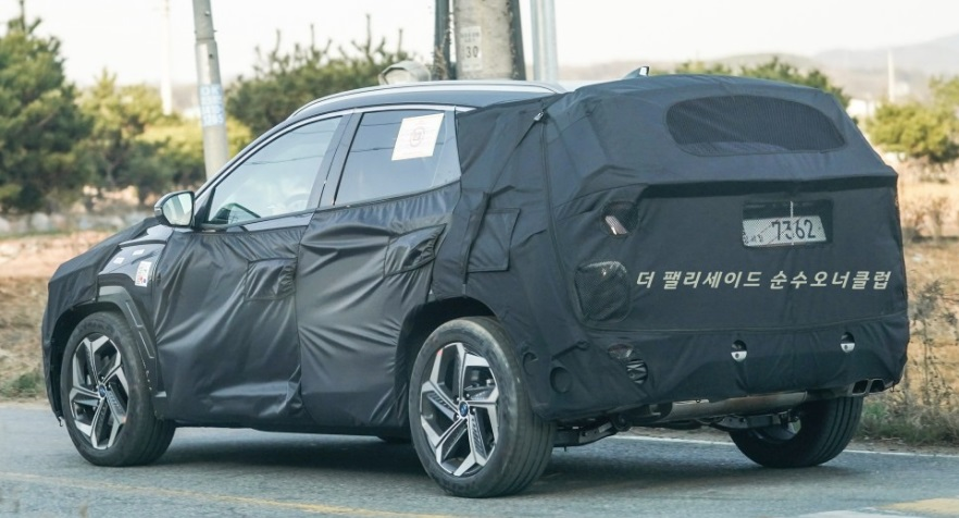 Hyundai Tucson Spied on its 3rd Stage of Development