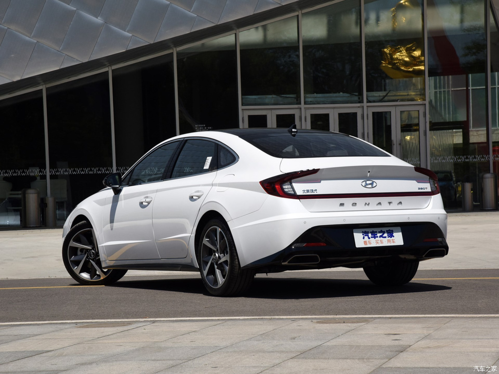 Chinese LWB Hyundai Sonata Released