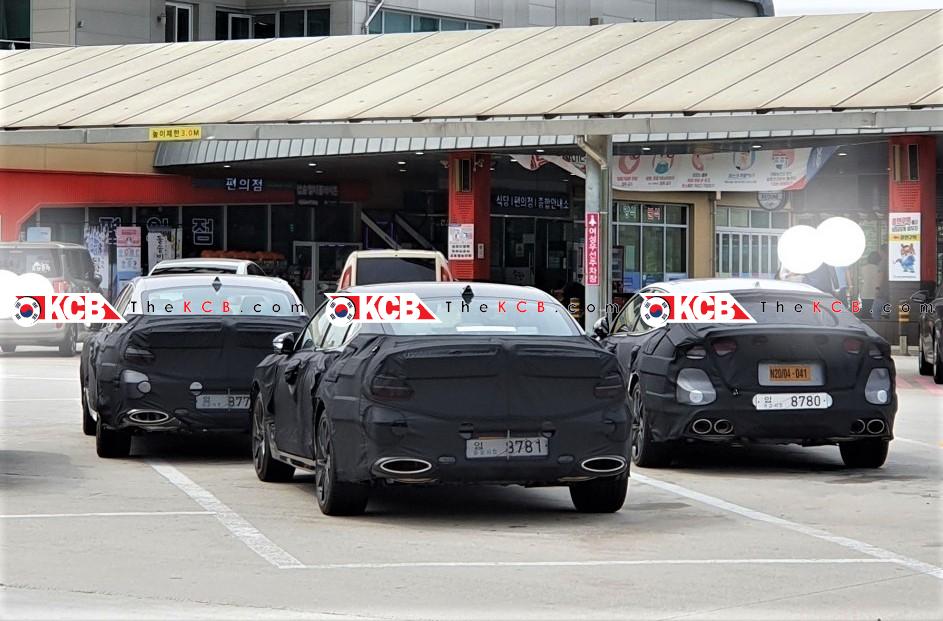 Genesis G70 Spied Alongside Kia Stinger GT