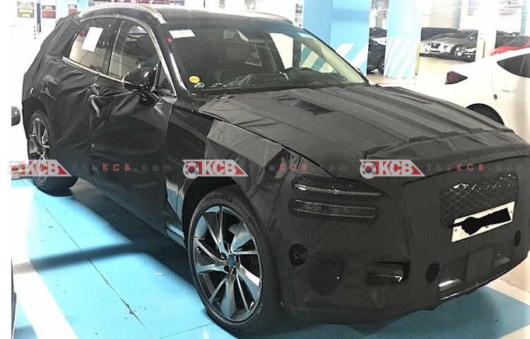 genesis gv70 spied in and out (1)