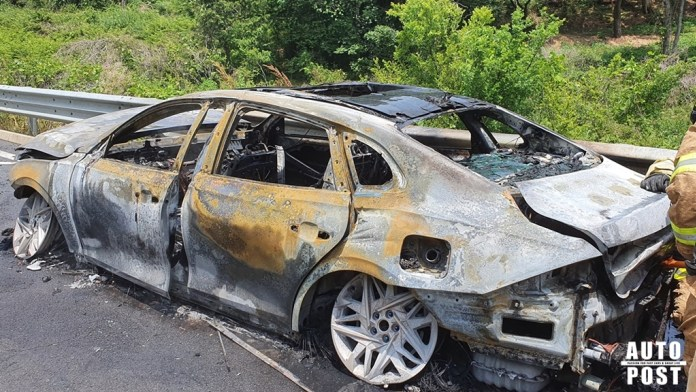 Another Hyundai Vehicle Burst into Flames