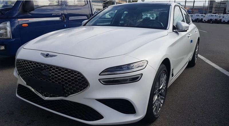 New Genesis G70 Facelift Pictures