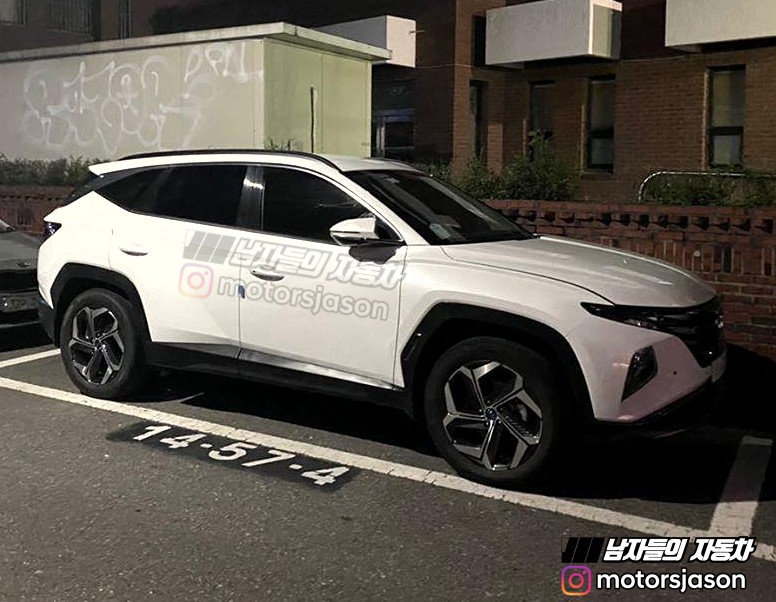 Hyundai Tucson Real-world Pictures