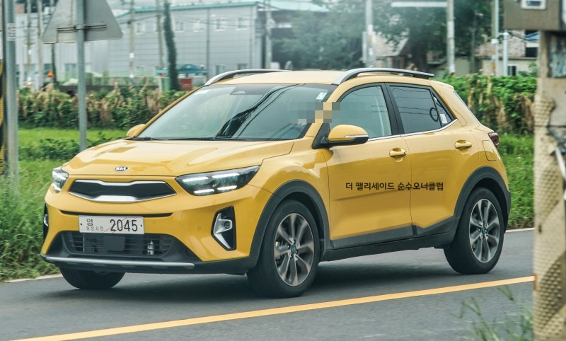 Kia Stonic Facelift Real World Pictures