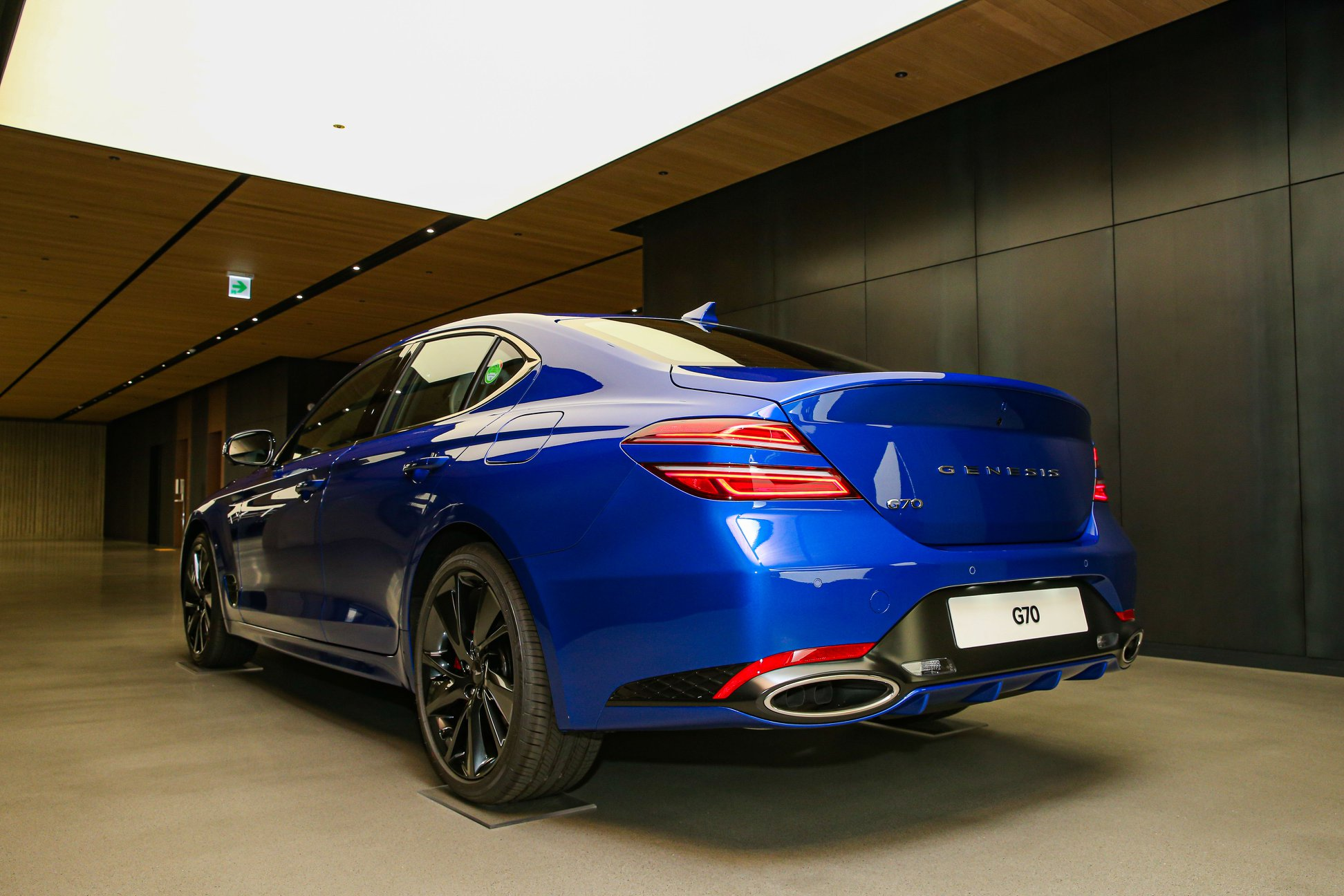 genesis g70 facelift live photos11