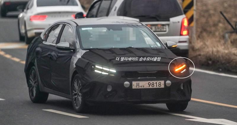 Kia Forte / K3 Facelift Spied in South Korea