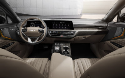 Kia Reveals First Official Interior Images of K8