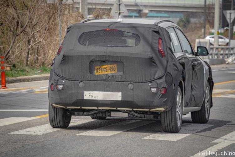 Next-Gen Kia Niro EV Spied for the First Time