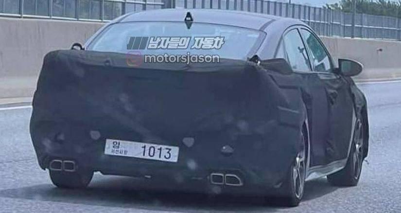 mysterious hyundai sedan 3